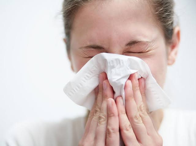 Allergy, food allergies, seasonal allergies, skin allergy, causes, treatments, natural remedies, diagnosis, prevention